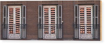 Urban Reflections Wood Print by Frank Tschakert
