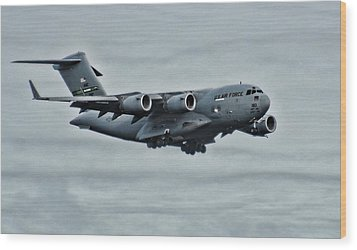 Us Air Force C17 Wood Print by Ron Roberts