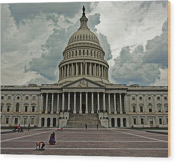 Wood Print featuring the photograph U.s. Capitol Building by Suzanne Stout
