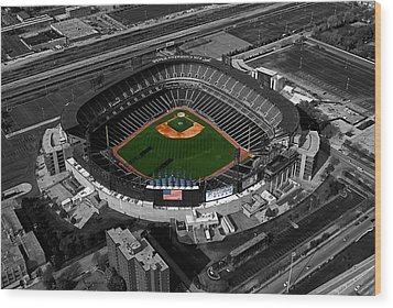 Us Cellular Field Chicago Sports 08 Selective Coloring Digital Art Wood Print by Thomas Woolworth