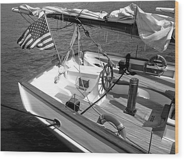 Wood Print featuring the photograph Usa Sailboat by Ellen Tully