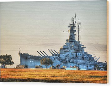 Uss Alabama Wood Print by Michael Thomas