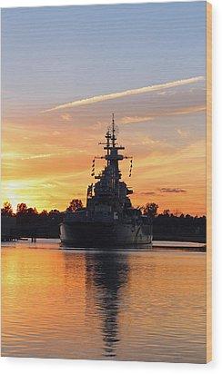 Wood Print featuring the photograph Uss Battleship by Cynthia Guinn