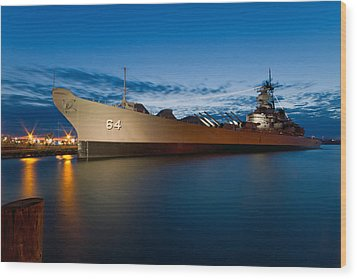 Uss Wisconsin At Sunset Wood Print by Jerry Gammon