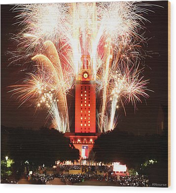 Ut Tower 2013 Fireworks Wood Print