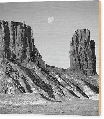 Utah Outback 21 Wood Print by Mike McGlothlen