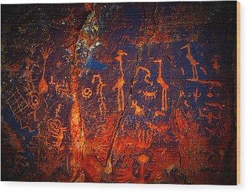 V-bar-v Petroglyphs Wood Print