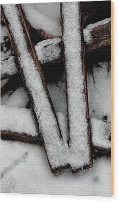 V Wood Print by Odd Jeppesen