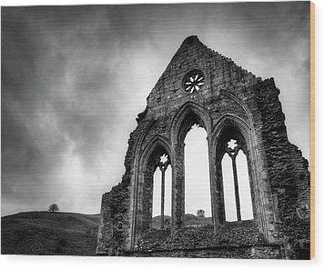 Valle Crucis Abbey Wood Print by Dave Bowman