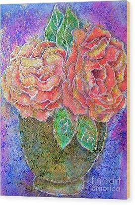 Vase Of Rises Wood Print by Dion Dior