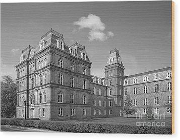 Vassar College Main Building Wood Print by University Icons