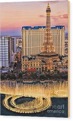 Vegas Water Show Wood Print