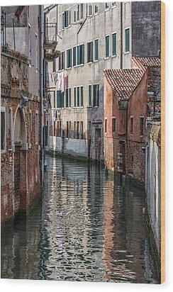 Venetian Building Wood Print