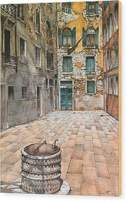 Venetian Courtyard 02 Elena Yakubovich Wood Print