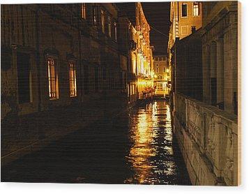 Wood Print featuring the photograph Venetian Golden Glow by Georgia Mizuleva