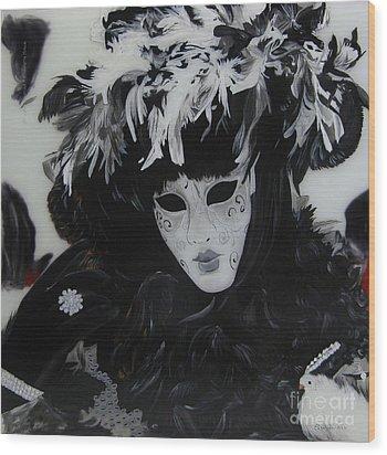 Venetian Mask Wood Print by Betta Artusi