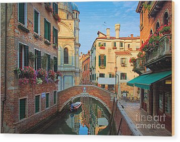 Venetian Paradise Wood Print by Inge Johnsson