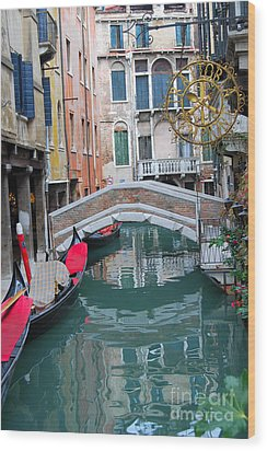Venice Canal And Buildings Wood Print