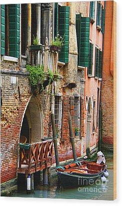Venice Getaway Wood Print by Mariola Bitner