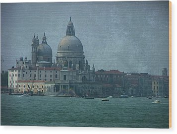 Wood Print featuring the photograph Venice Italy 1 by Brian Reaves