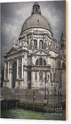 Venice Italy - Santa Maria Della Salute Wood Print by Gregory Dyer