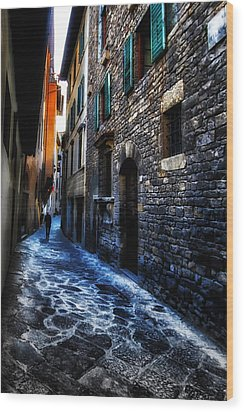 Venice Italy Silhouette - Lonely Walk Wood Print