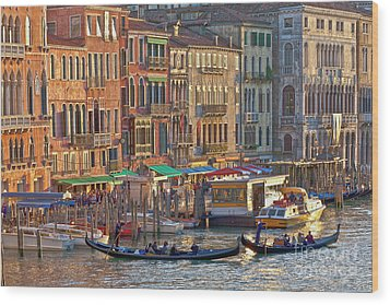Venice Palazzi At Sundown Wood Print by Heiko Koehrer-Wagner