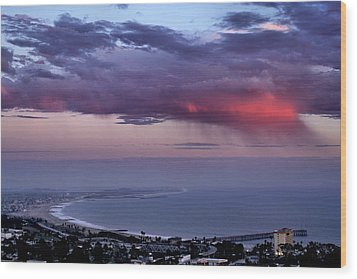 Wood Print featuring the photograph Ventura Beach by Michael Gordon