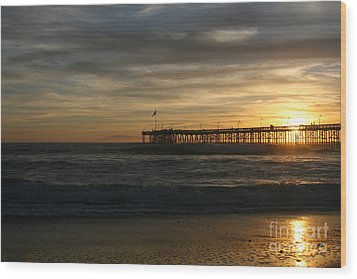 Ventura Pier 01-10-2010 Sunset  Wood Print by Ian Donley