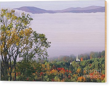 Vermont Autumn Morning Wood Print by Alan L Graham