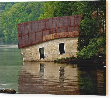 Wood Print featuring the photograph Vermont Boathouse by John Haldane