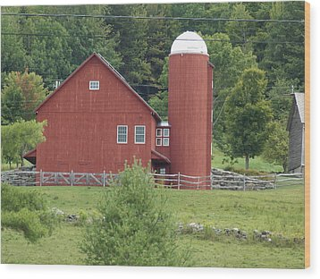 Vermont Farm Wood Print by Catherine Gagne