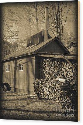 Vermont Maple Sugar Shack Circa 1954 Wood Print by Edward Fielding