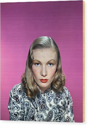 Veronica Lake Wood Print by Silver Screen