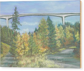 Veterans Memorial Bridge In Coeur D'alene Wood Print
