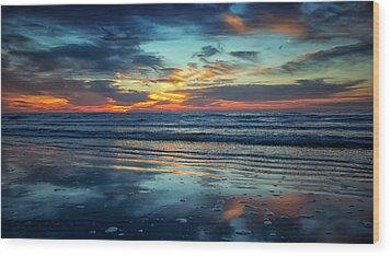 Vibrant Sunrise  Wood Print by Sharon Jones