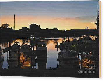 Wood Print featuring the digital art Victoria Harbor Sunset 3 by Kirt Tisdale