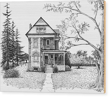 Victorian Farmhouse Pen And Ink Wood Print by Renee Forth-Fukumoto