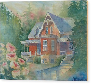 Victorian House Wood Print