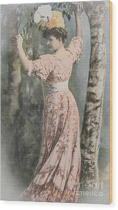 Victorian Lady In Beautiful Dress Wood Print by Patricia Hofmeester