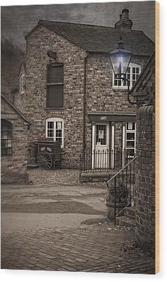 Victorian Stone House Wood Print by Amanda Elwell