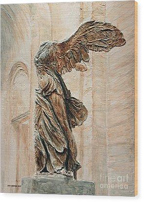 Victory Of Samothrace Wood Print