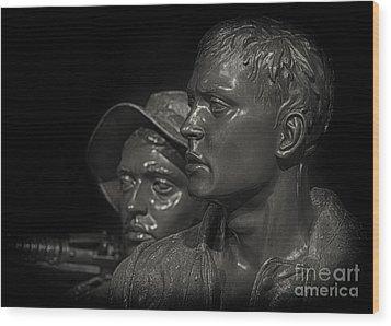 Vietnam Memorial No. 1 Wood Print by Jerry Fornarotto