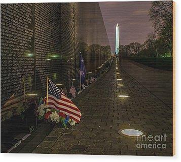 Vietnam Veterans Memorial At Night Wood Print by Nick Zelinsky