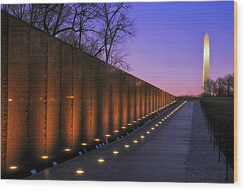 Vietnam Veterans Memorial At Sunset Wood Print by Pixabay