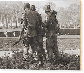 Vietnam Veterans Memorial - Washington Dc Wood Print by Mike McGlothlen