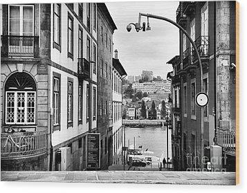 View Across The Douro Wood Print by John Rizzuto