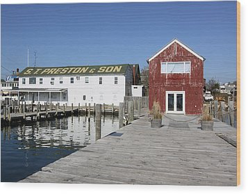 View From Pier Greenport New York Wood Print
