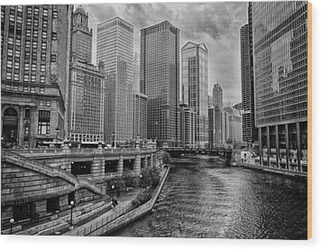 View Of Chicago River Wood Print by Mike Burgquist