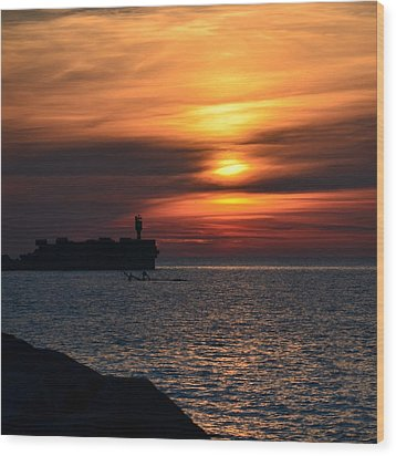 View Of The Sunset Wood Print by Gynt